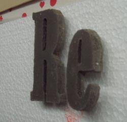 Betonbuchstaben gießen